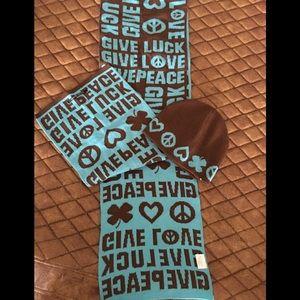 NWOT Lucky Brand Scarf/Beanie Set
